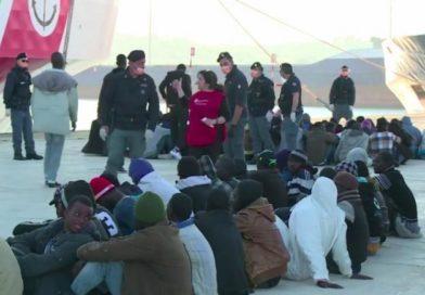 Migrants africains : l'indignation à l'eau de rose !